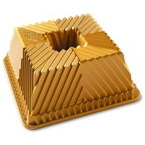 """Форма для выпечки Nordic Ware """"Квадратный пирог"""", объем 2,3 л (литой алюминий) - Nordic Ware"""