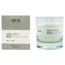 Свеча ароматическая LAB CO, Пачули и кедр, 40 ч - Ambientair