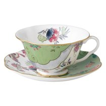 Чашка чайная с блюдцем Wedgwood Бабочки и цветы. Букет 180мл - Wedgwood